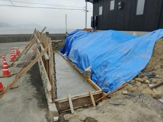 里浦西側擁壁工事